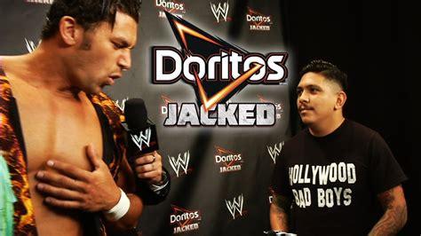 Fandango tangos in Texas with a WWE fan - YouTube
