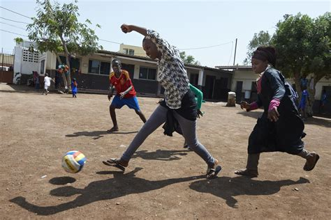 participation  sport  improve childrens learning