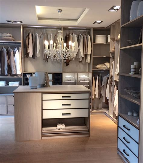 Begehbares Ankleidezimmer Ikea by Einbauschr 228 Nke Nach Ma 223 Begehbare Kleiderschr 228 Nke In