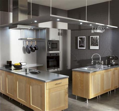 cuisine chene clair cuisine chene clair couleur mur cuisine idées de