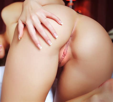 Lovely Pink Pussy Porn Pic Eporner
