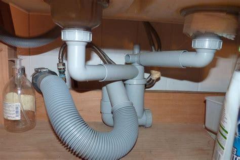 lavabo cuisine bouché raccordement évacuation lave vaisselle sur évier