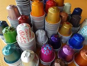 Schmuck Aus Nespresso Kapseln : ketten aus nespresso kapseln upcycling schmuck ~ Frokenaadalensverden.com Haus und Dekorationen