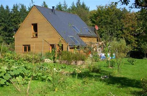 maison en bois 224 vendre dans le morbihan quot la maison des trappeurs quot vendu les petites
