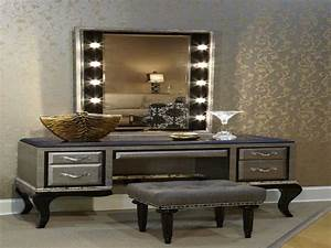 Modern Vanity Set With Lighted Mirror : Doherty House