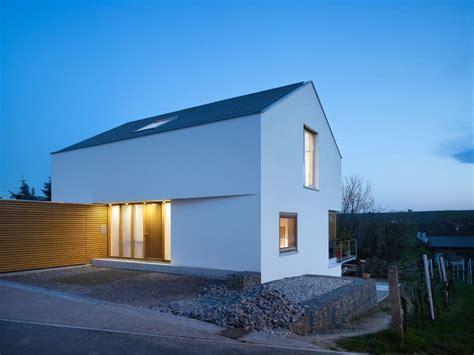 Bautraegerhaus Alles Aus Einer by Ansicht Nord West D 228 Mmerung Wohnhaus Am Kieselberg