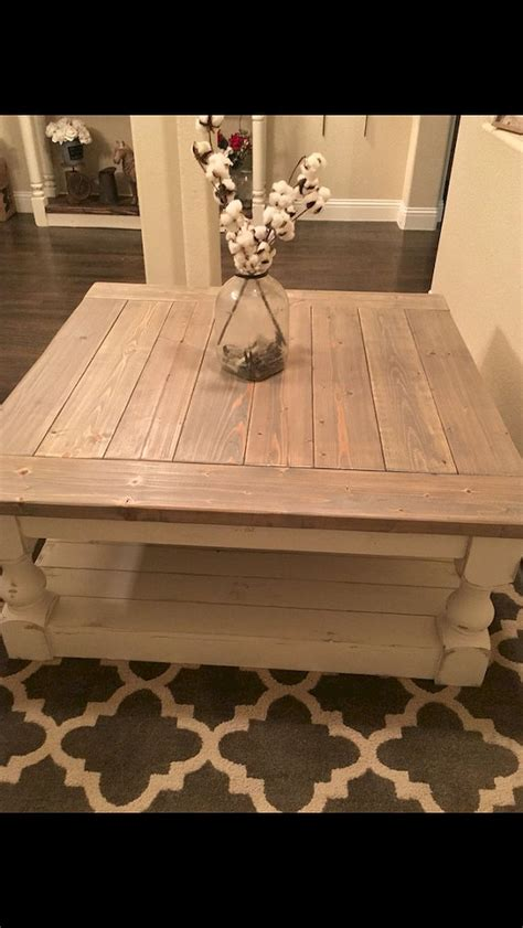 Build your own diy modern farmhouse coffee table with detailed step by step plans! 89+ Amazing Farmhouse Coffee Table Ideas   Rustic coffee tables, Large square coffee table ...