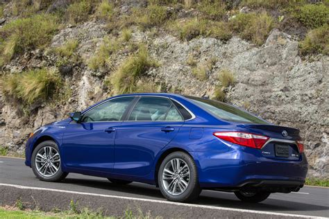 Toyota Camry 2015 Mpg by 2015 Toyota Camry Hybrid Review Toyota Camry Hybrid 40