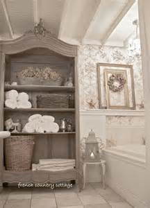 Themed Bathroom Wall Decor by Bathroom Country Bathroom Decor With Classic Style