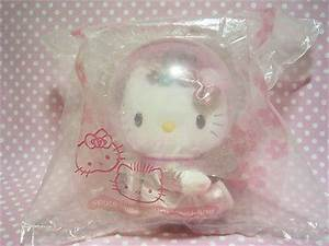 Hello Kitty Astronaut - Pics about space
