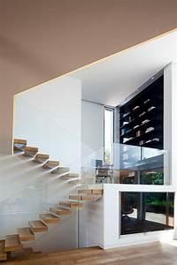 Die Treppe Freudenstadt : treppe mit glasgel nder f r schickes interieur ~ A.2002-acura-tl-radio.info Haus und Dekorationen