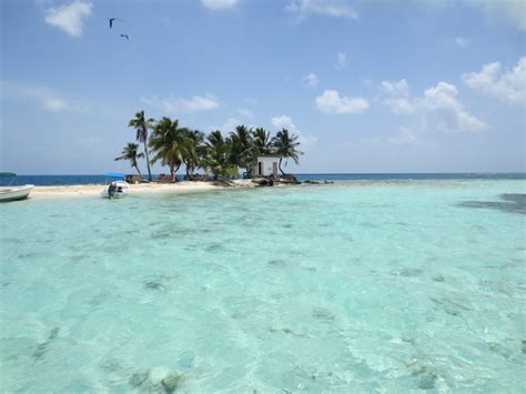 Snorkeling At Silk Cayes Placencia Belize
