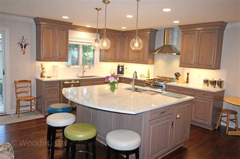 kitchen island with woodmaster kitchens 2047