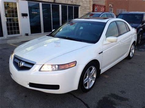 2006 acura tl front wheel drive has winter tires comes