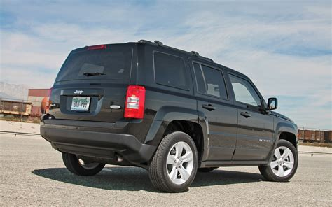 jeep patriot back 2013 jeep patriot latitude 4x4 first test truck trend