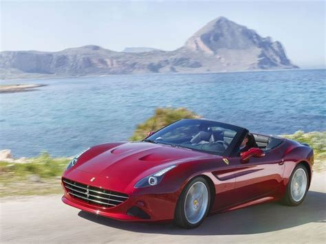 Hello peoplei went to rally motors and showed super luxury sports cars, first time on my channel. Ferrari California T launched in India - ZigWheels