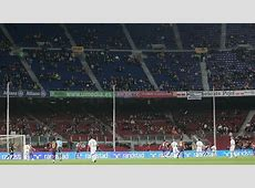 FC Barcelona Desciende la afluencia de público en el Camp