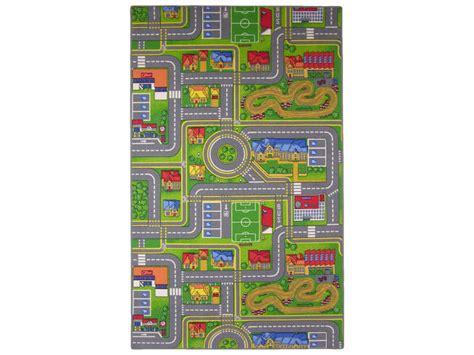 tapis chambre gar n voiture tapis enfant 140x200 cm playcity vente de tapis enfant