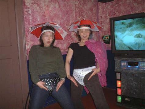 아줌마들 노래방에서 노는모습 보배드림 유머게시판