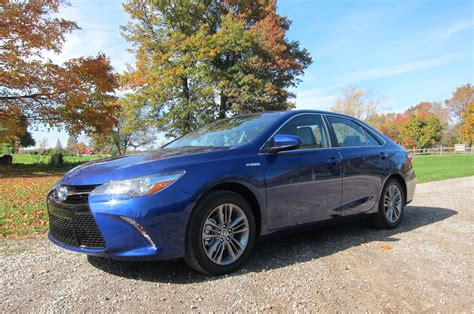 Toyota Camry 2015 Review by 2015 Toyota Camry Hybrid Se Review