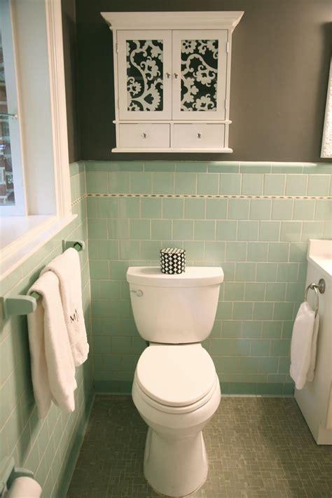 crisp color combo deep green pale gray green bathroom