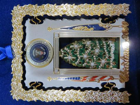 2010 secret service ornament