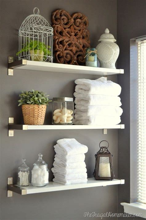 Bathroom Shelf Ideas by 25 Best Ideas About Decorating Bathroom Shelves On