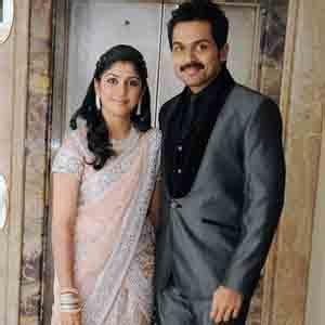 kanchana returns actress pic karthi ranjini flew to austria tamil cinema news updates