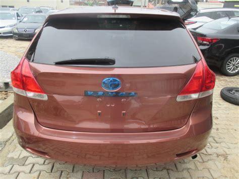 extremely clean toyota venza  tokunbo autos nigeria