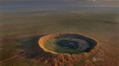 western australia meteorite impact crater  halls creek