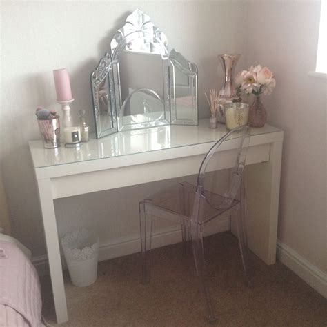 Schminktisch Stuhl Ikea by New Ikea Malm Vanity And Ghost Chair So Pleased Such