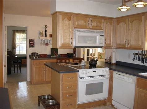 kitchen soffit what are the best ways to fix kitchen cabinet soffits to fix kitchen cabinets and spaces