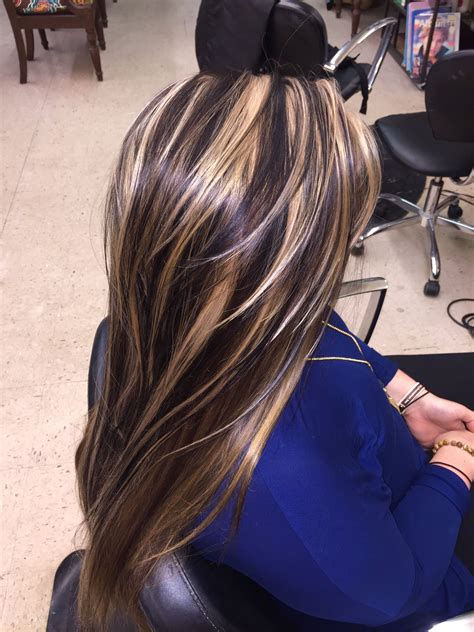 Highlighted Hairstyles by Chunky Highlights Lowlights Hair Makeup In 2019 Hair