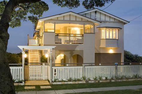 Modern Queenslander Landscape Designs