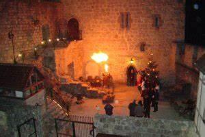 Weihnachtsmarkt Burg Katzenstein : romantischer weihnachtsmarkt auf burg katzenstein ~ Whattoseeinmadrid.com Haus und Dekorationen