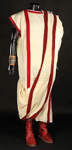 Varinius (Brett Tucker) Costume | Prop Store - Ultimate ...