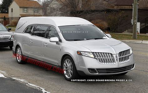 Holy Shick.. The Lincoln Mkt Hearse