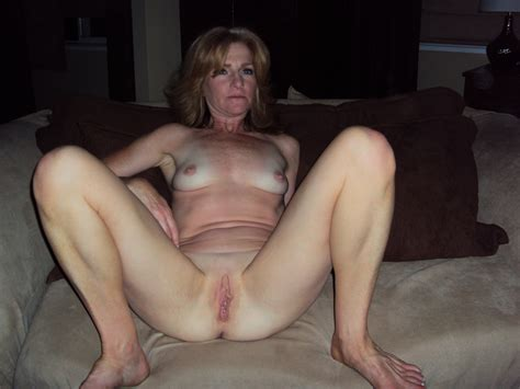 006 In Gallery Milf Wife Spreading Picture 3