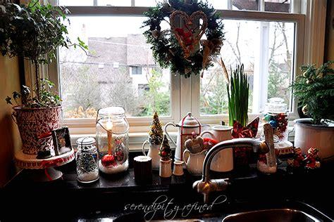 serendipity refined blog christmas   kitchen