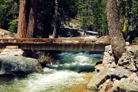 hiking snow creek falls trail yosemite np ca