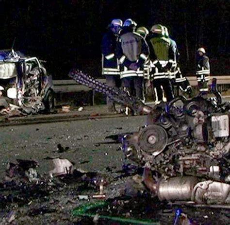 Raser Landstrasse by Ungl 252 Ck Testfahrer Stirbt Bei Unfall Auf Vw Gel 228 Nde Welt