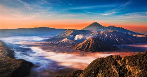 foto pemandangan gunung bromo  menakjubkan