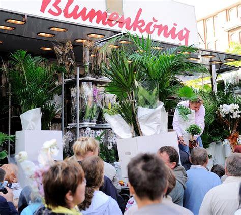Pflanzen Hamburg by 3788 6919 Marktstand Mit Gr 252 Npflanzen Palmen Auf Dem