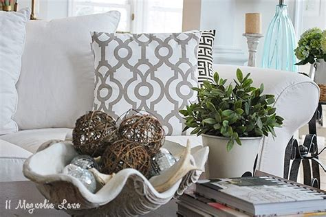 Decorating Your Home For The Seasons--winter Decor Color