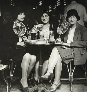 L'atelier de couture » Mode années 20: les années folles