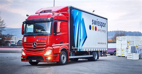 Deutsche automarke des herstellers daimler ag. swisspor AG investiert in neun neue Mercedes-Benz Fahrzeuge - RoadStars