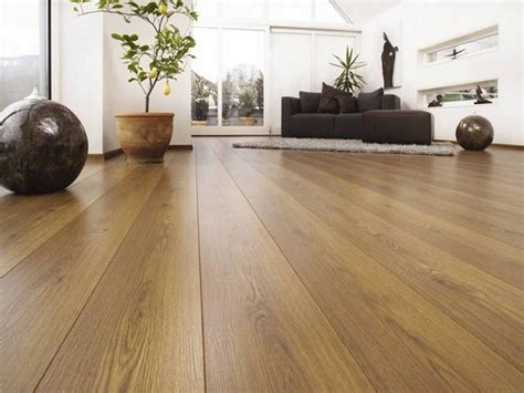 5 Worst Mistakes People Make When Choosing Laminate Flooring Dining Room Sets Ottawa Sectional Sofa For Small Living Sitting Area In Houzz Paint Colors Building Chairs Furniture Grey Modern Round Glass Tables And