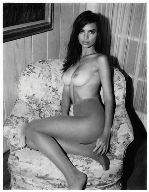 Emily Ratajkowski Nude And Sexy 34 Photos Thefappening