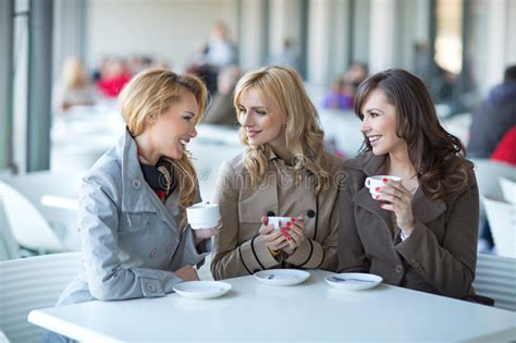The latest ones are on may 06, 2021 6 new coffee for large groups results have been found in the. Group Of Young Women Drinking Coffee Stock Photo - Image of flirting, dessert: 65274364