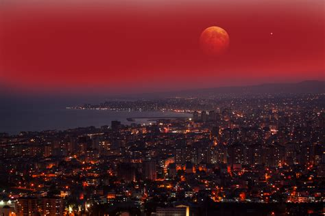 Terjadinya gerhana matahari atau bulan itu bukanlah karena. Hal yang Perlu Anda Ketahui Tentang Gerhana Bulan Total ...